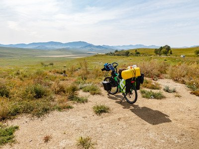 MONGOLIA IN MOUNTAIN BIKE
